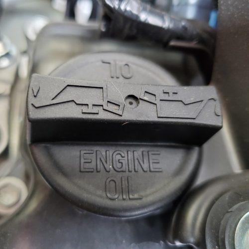 エンジンオイルフィラーキャップ